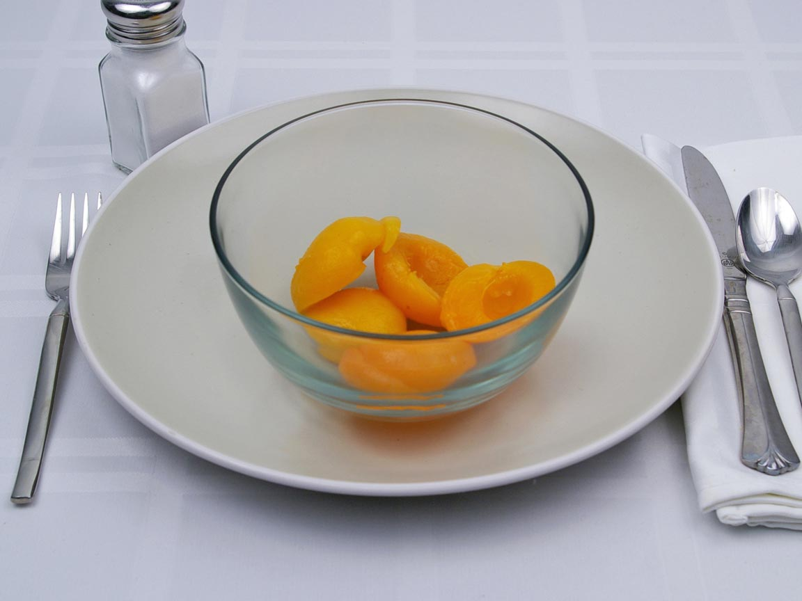 Calories in 0.86 cup(s) of Apricots in Light Syrup