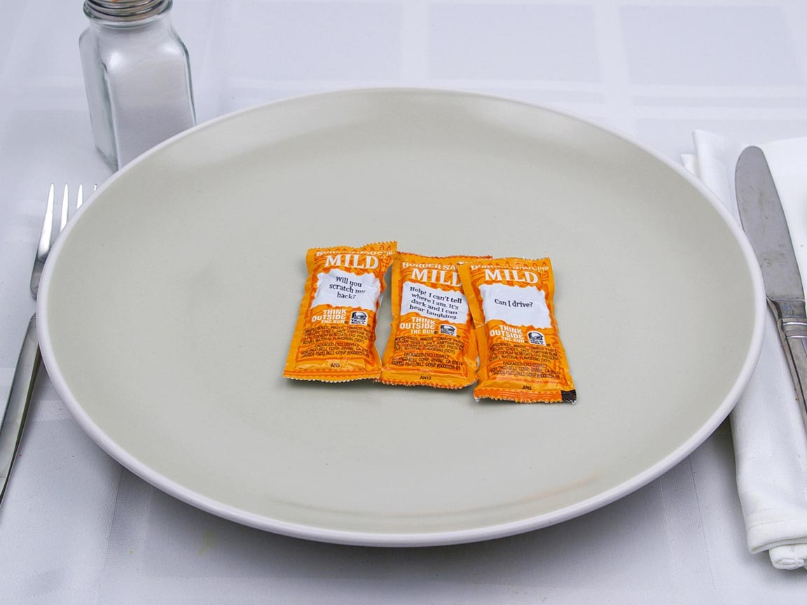 Calories in 3 packet(s) of Taco Bell - Border Mild Sauce