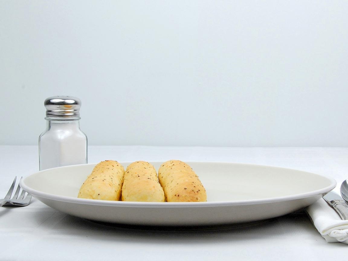 Calories in 3 stick(s) of Garlic Bread Sticks