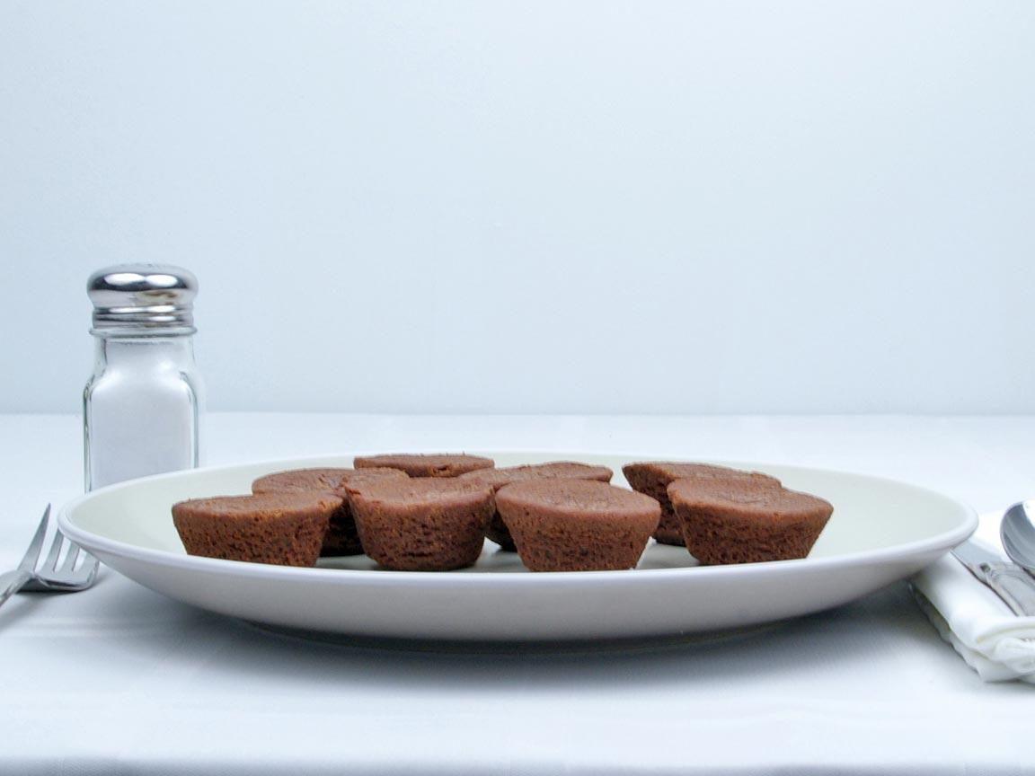 Calories in 8 each of Brownie - Bites