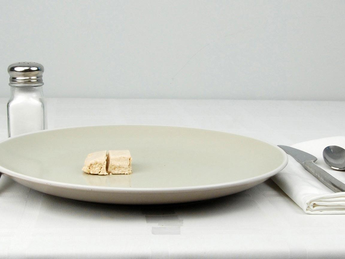 Calories in 0.5 bar(s) of Halva