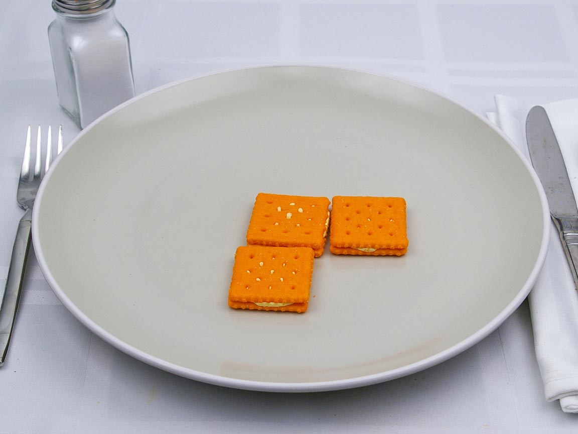 Calories in 3 cracker(s) of Cheese Crackers with Cheddar