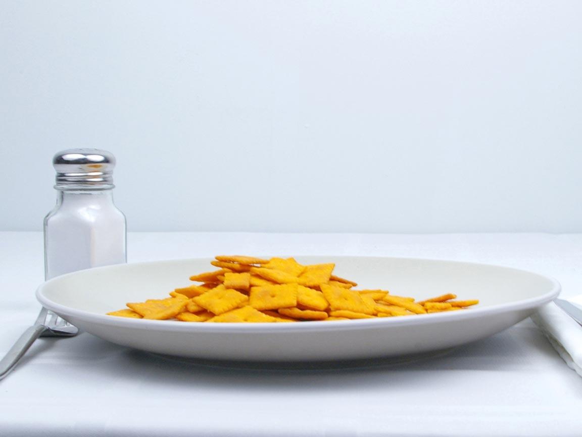 Calories in 80 cracker(s) of Cheez It