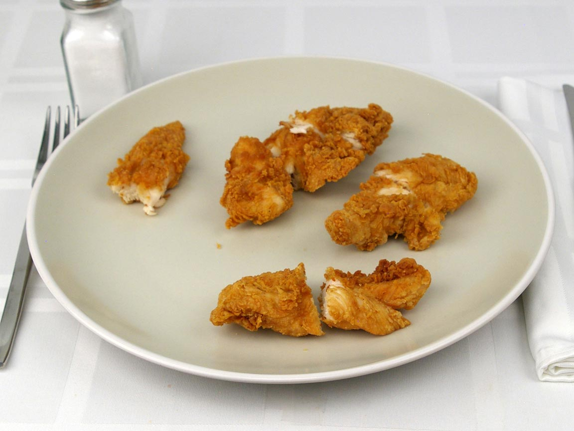 Calories in 152 grams of Raising Cane's Chicken Fingers
