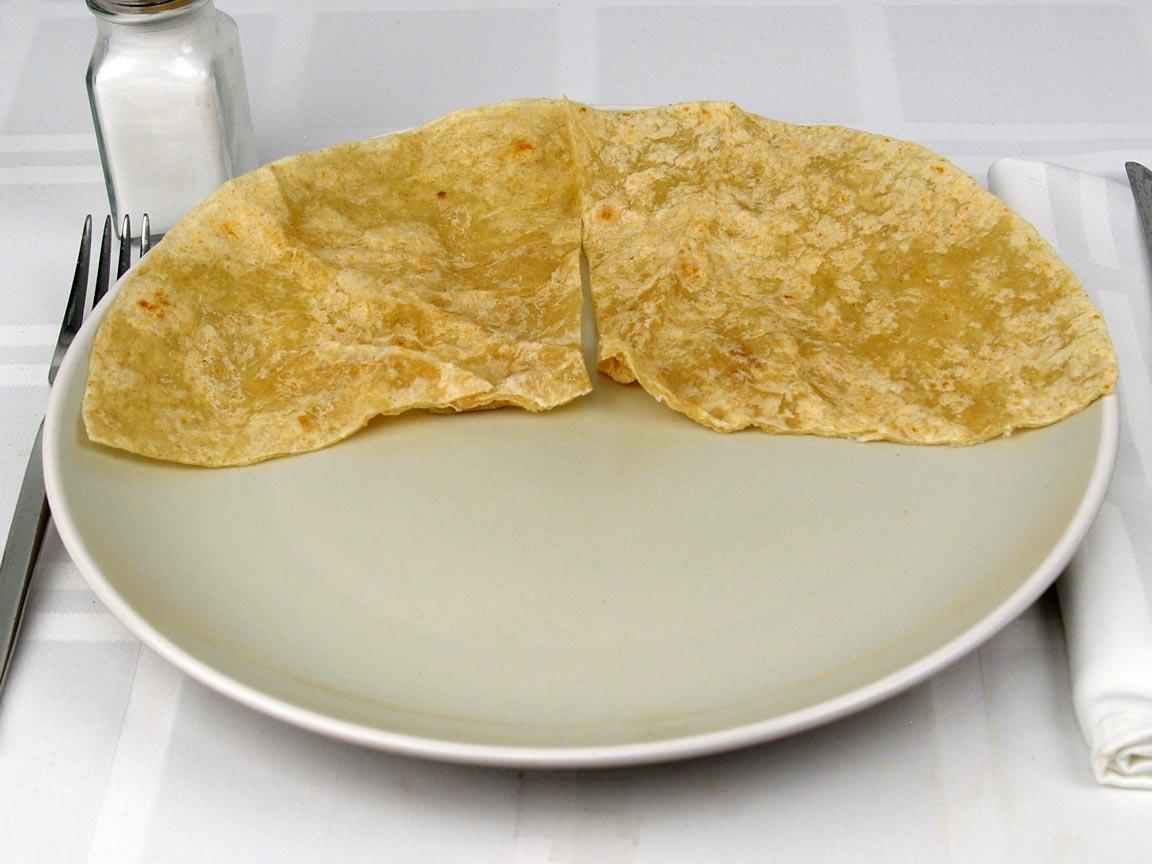 Calories in 0.5 tortilla(s) of Chipotle Flour Tortilla