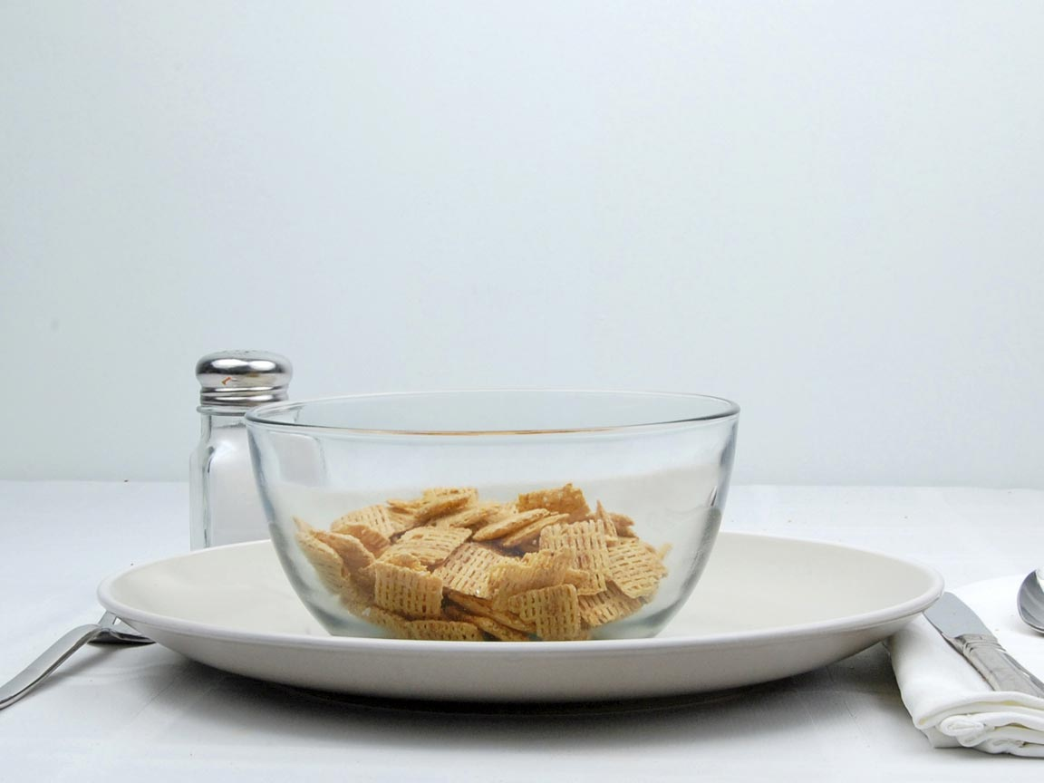 Calories in 1.25 cup(s) of Cinnamon Life Cereal
