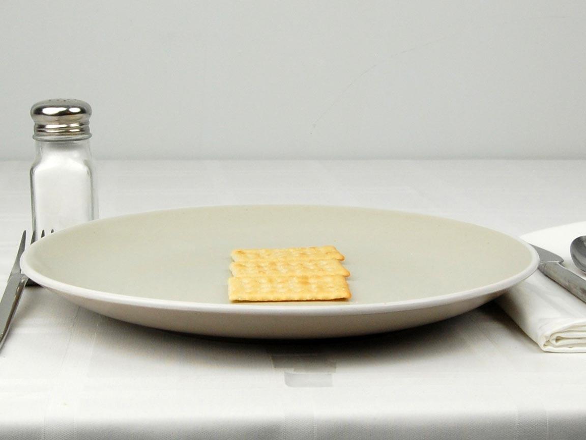 Calories in 3 cracker(s) of Club Crackers