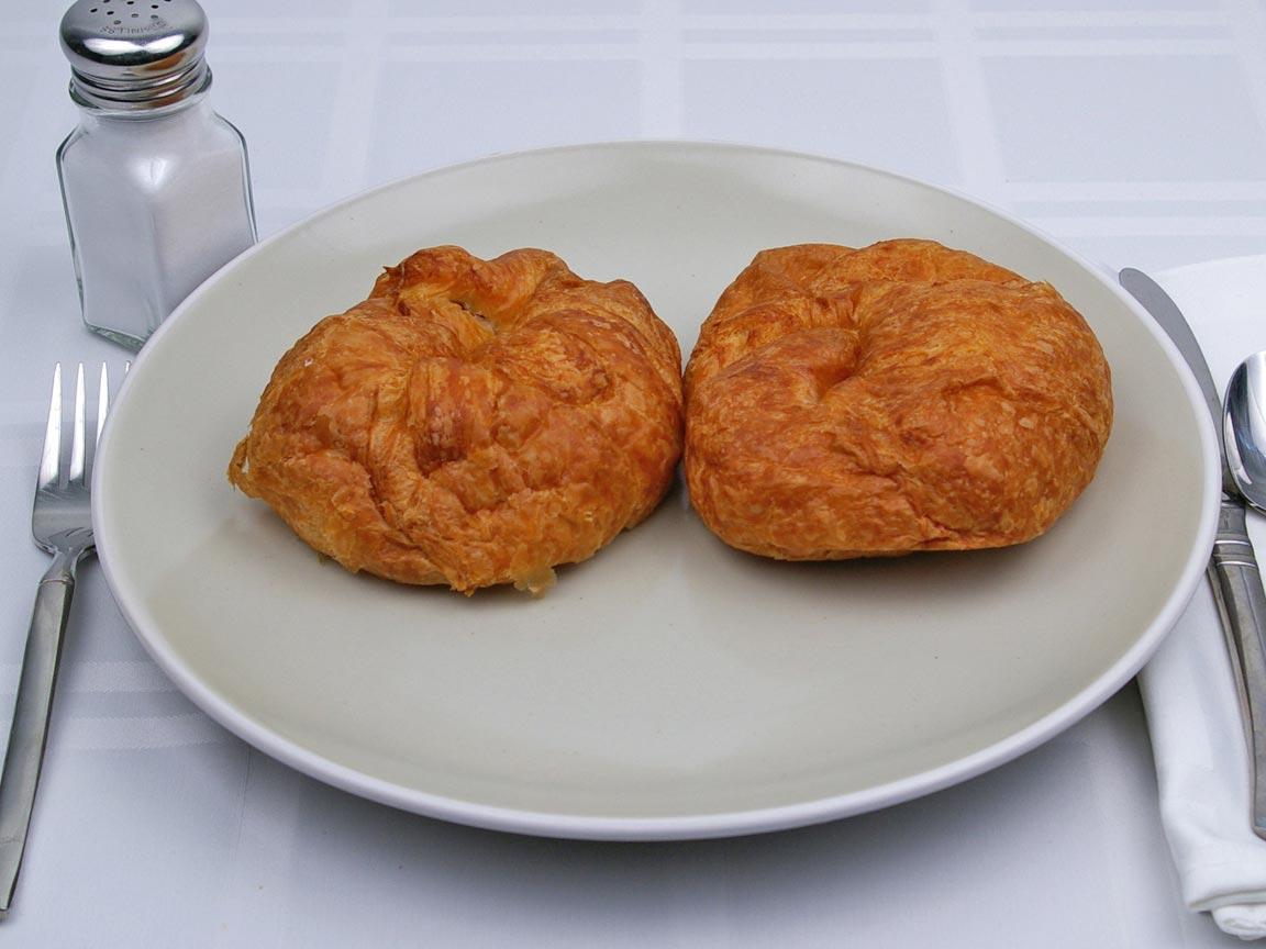 Calories in 4 croissant(s) of Butter Croissant