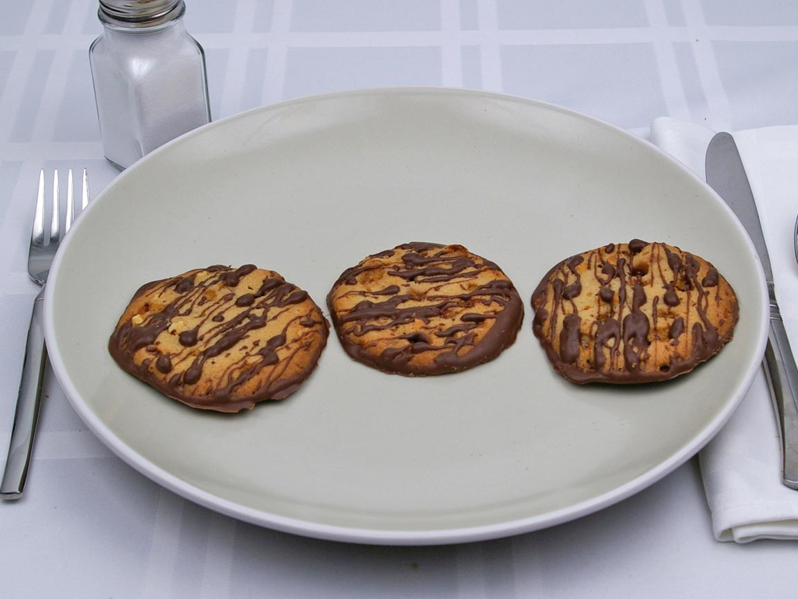 Calories in 3 cookie(s) of Almond Roca Florentine Cookie