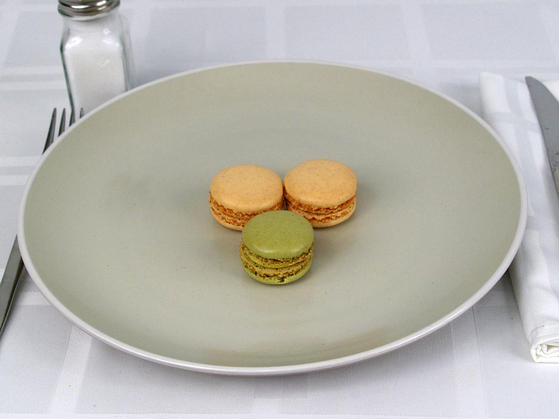 Calories in 3 ea(s) of French Macarons