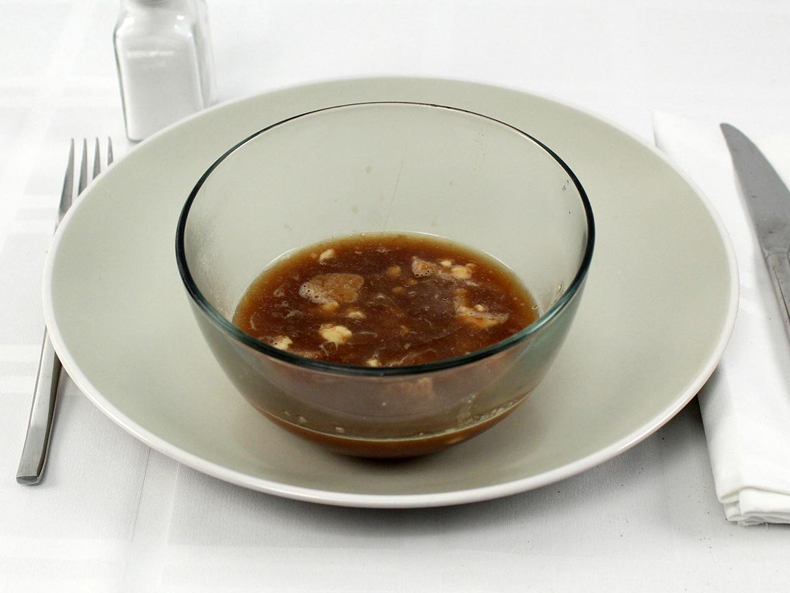 Calories in 0.5 serving(s) of French Onion Soup Cheese & Croutons