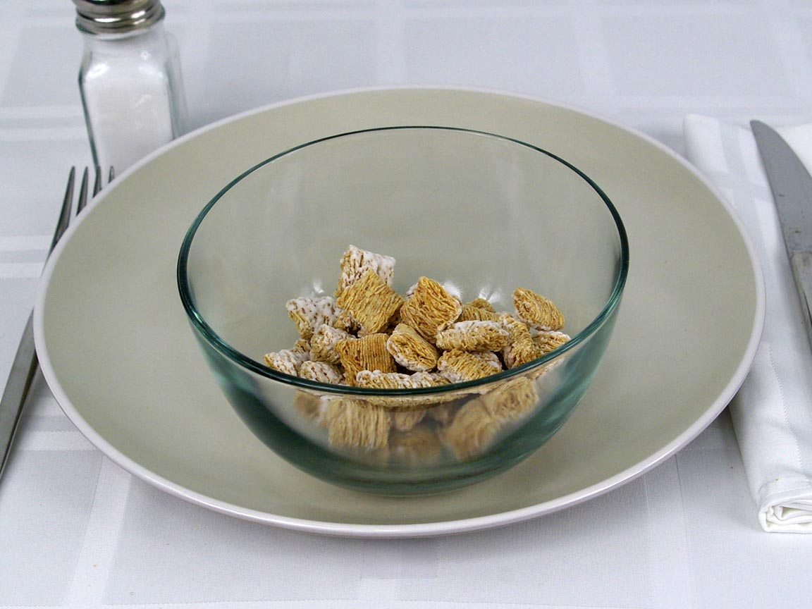 Calories in 1 cup(s) of Frosted Mini-Wheats Little Bites