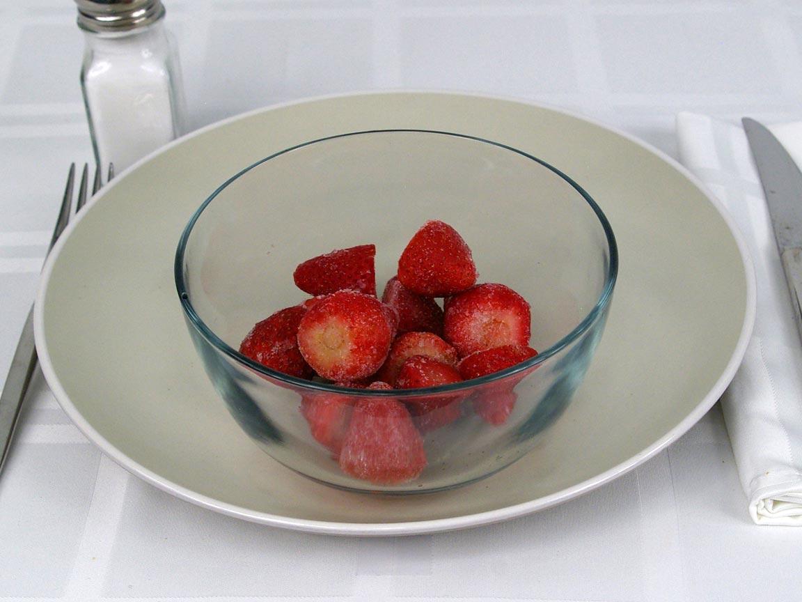 Calories in 1 cup(s) of Strawberries - Frozen