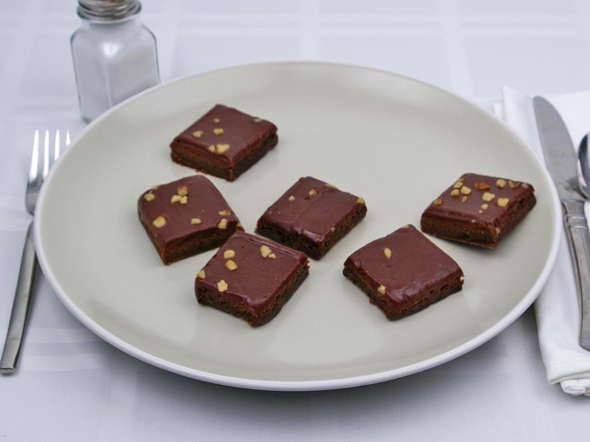 Calories in 3 brownie(s) of Fudge Brownies - Walnuts