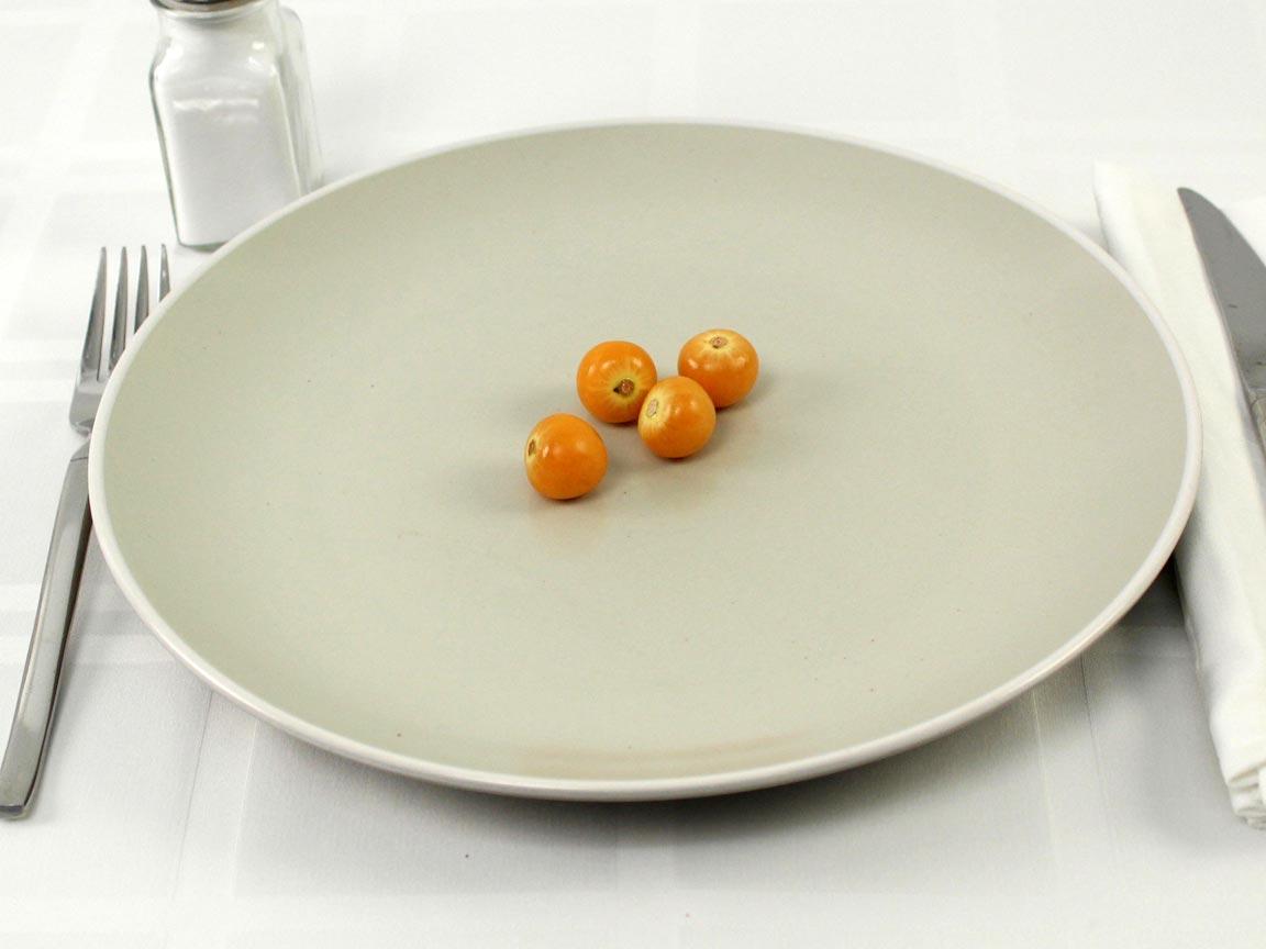 Calories in 4 berry(ies) of Golden Berries
