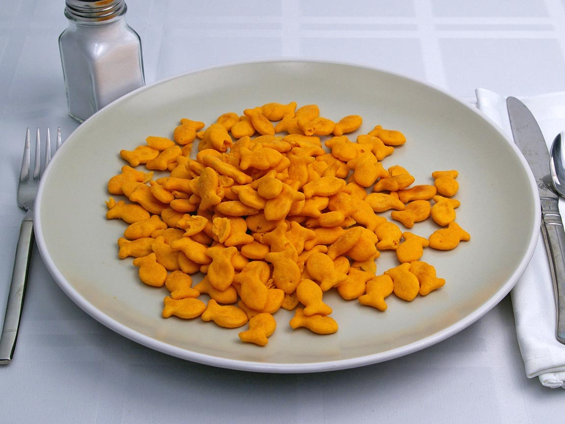 Calories in 85 grams of Goldfish Crackers - Cheddar