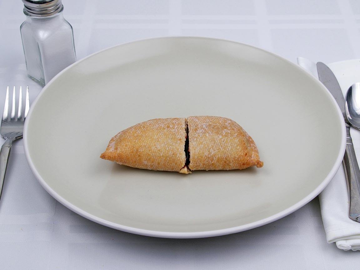 Calories in 1 pie(s) of Hostess Fruit Pie