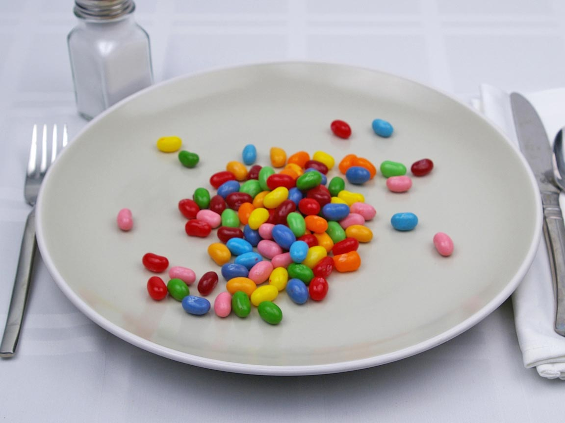 Calories in 100 piece(s) of Jelly Belly