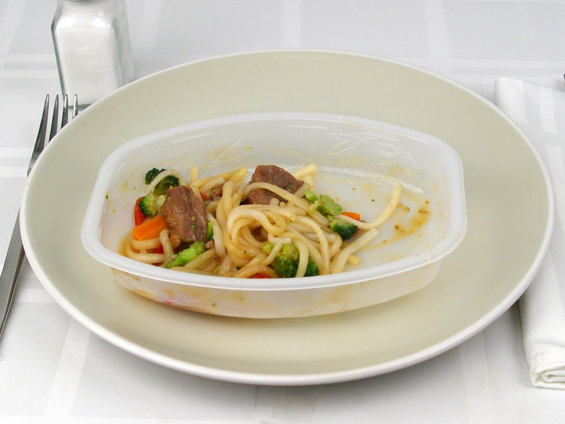Calories in 0.5 package(s) of Lean Cuisine Garlic Sesame Noodles Beef