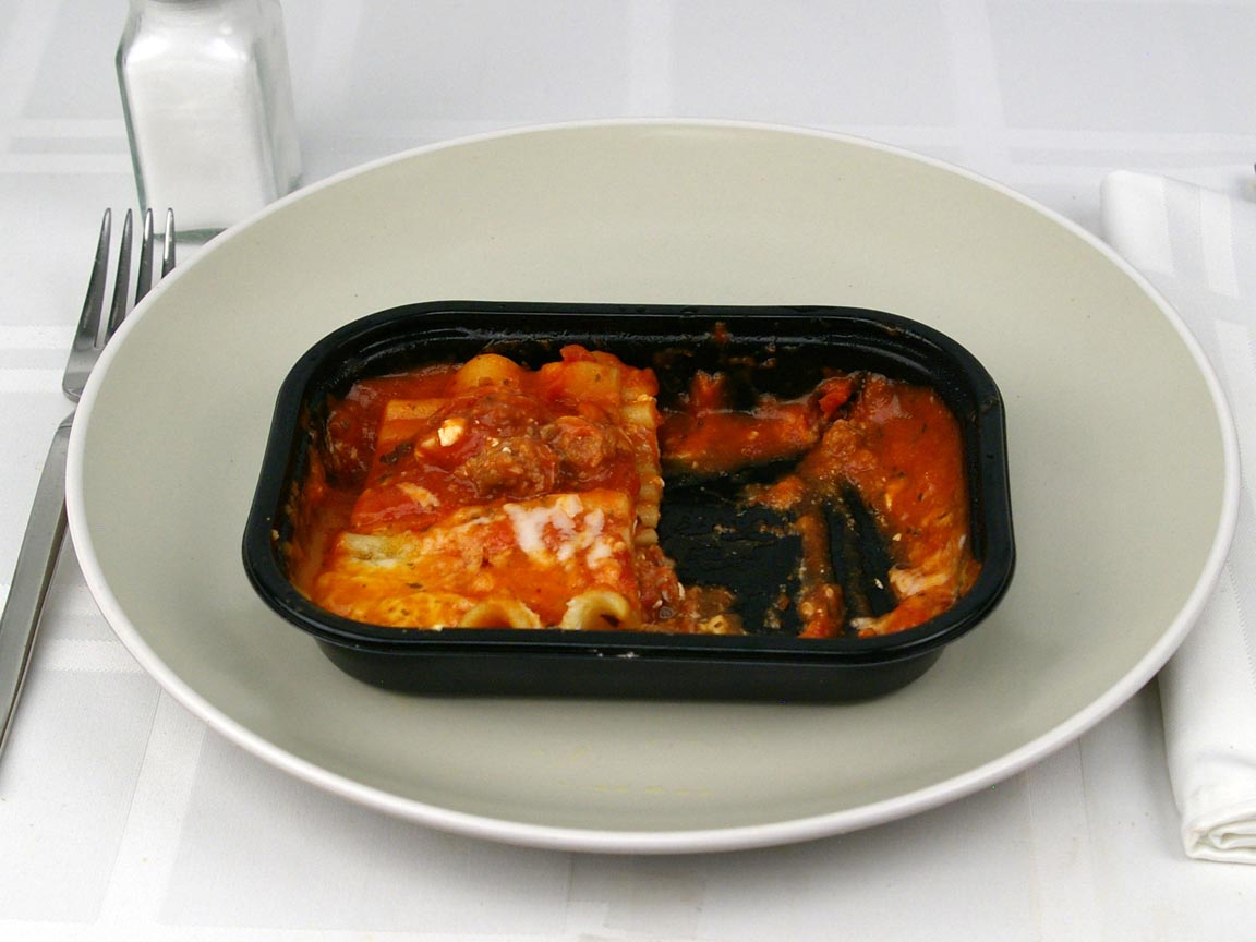 Calories in 0.5 package(s) of Lean Cuisine Lasagna with Meat Sauce