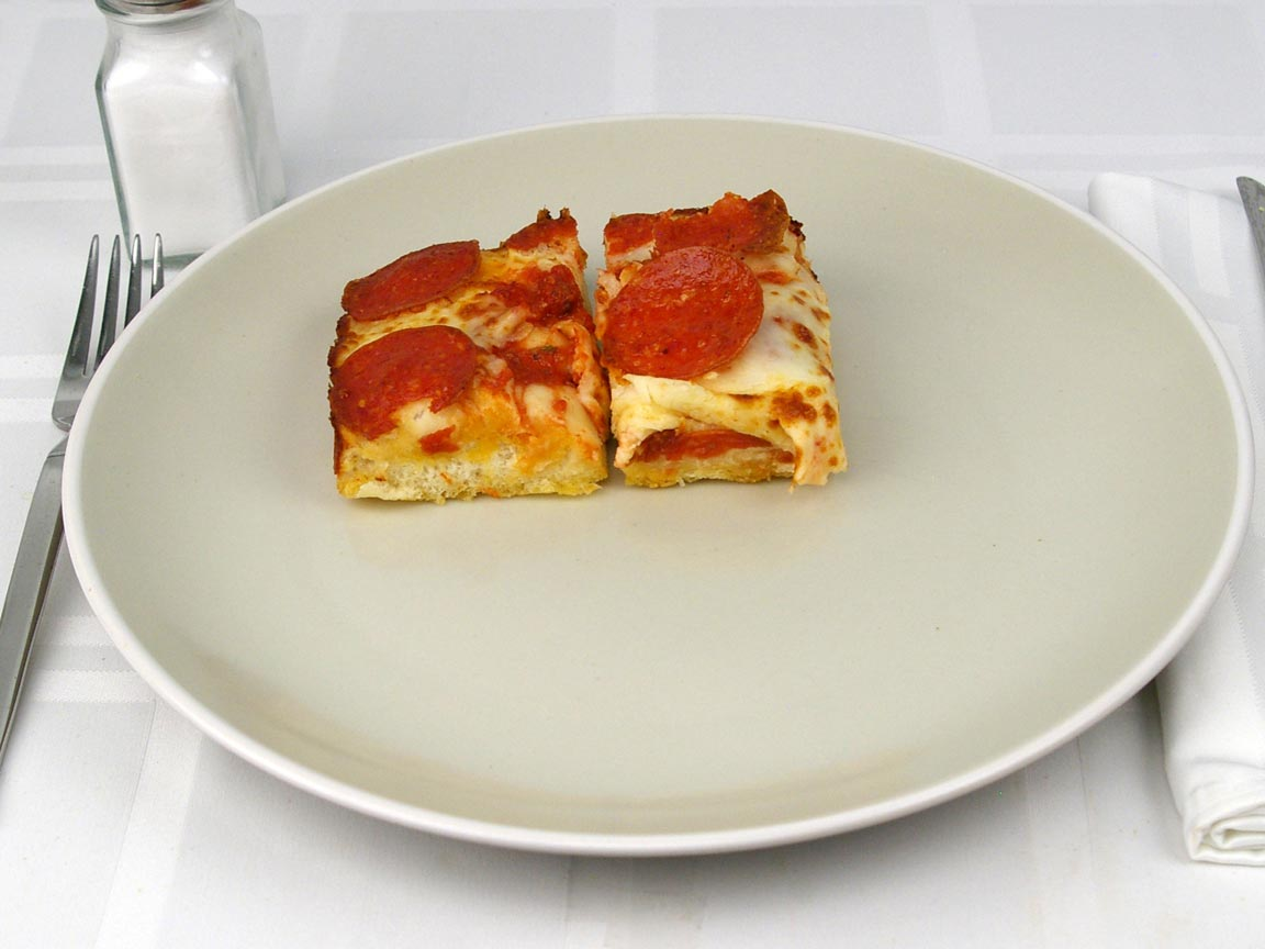 Calories in 2 piece(s) of Little Caesars Deep Dish Pepperoni Pizza