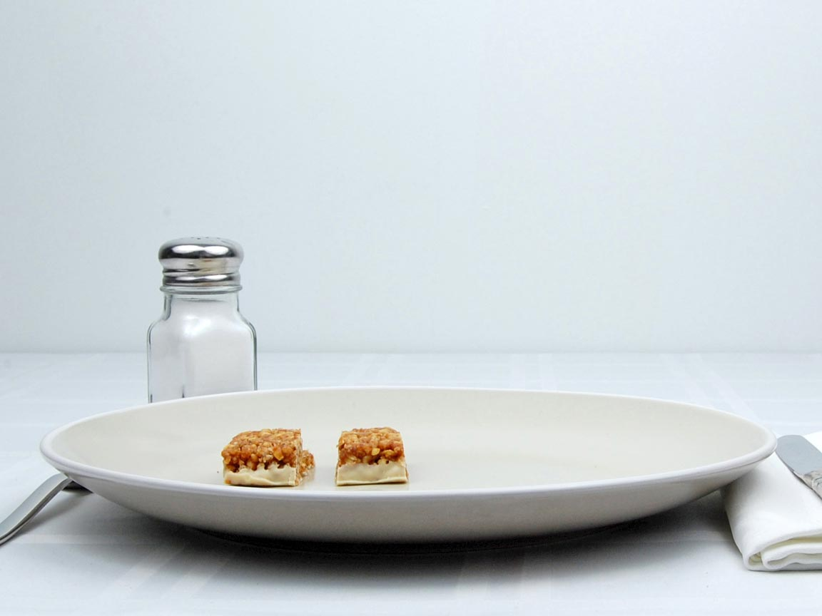 Calories in 0.5 bar(s) of Luna Bar- Lemon Zest
