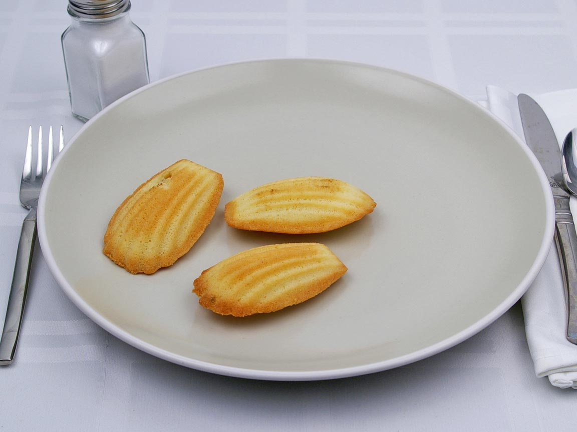 Calories in 3 cookie(s) of Madelines