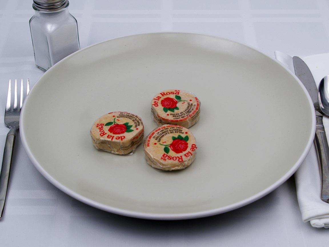 Calories in 3 piece(s) of De La Rosa Peanut Candy