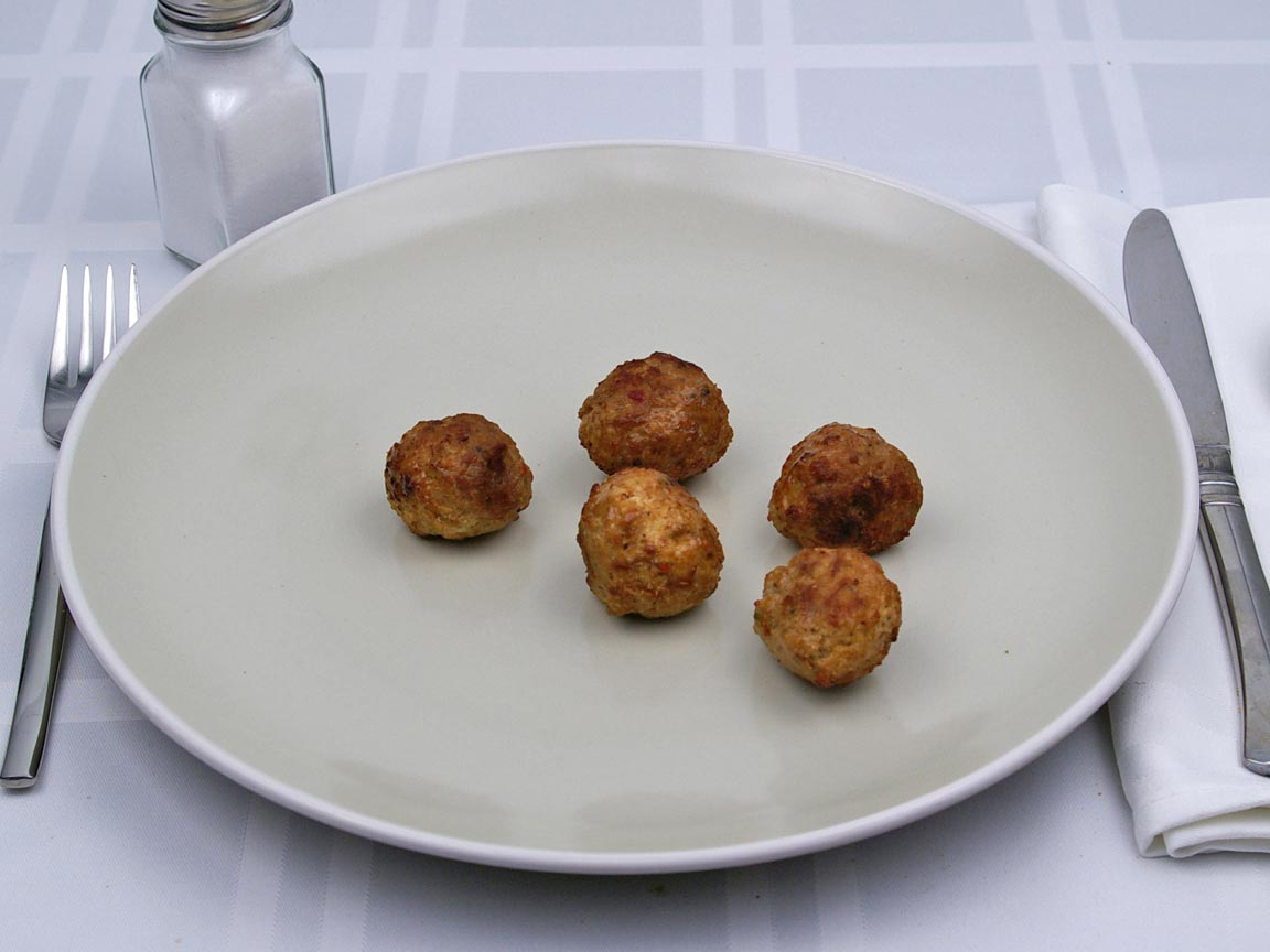 Calories in 5 meatball(s) of Meatball - Avg - Frozen