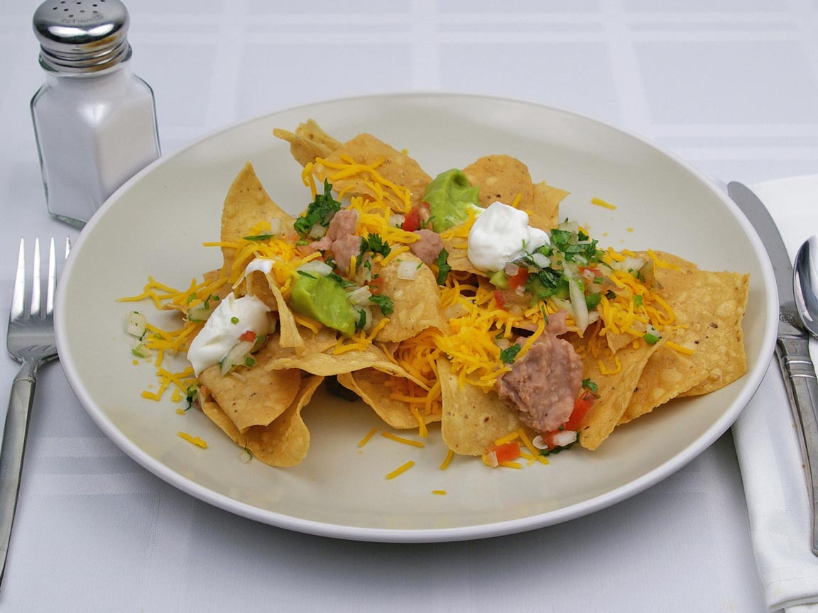 Calories in 113 grams of Nachos - Beef and Cheese