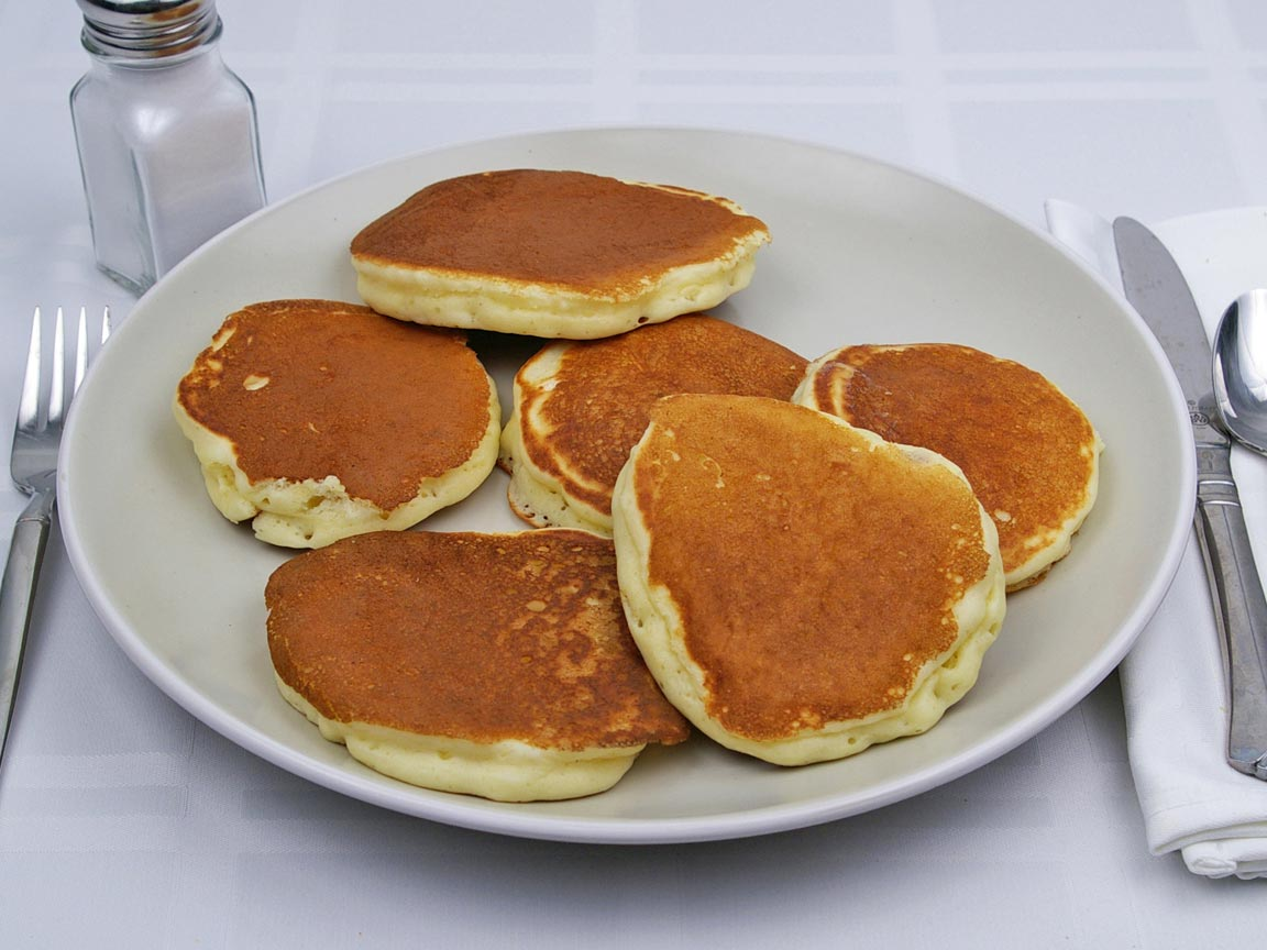 Calories in 6 cake(s) of Buttermilk Pancakes -  Silver Dollar