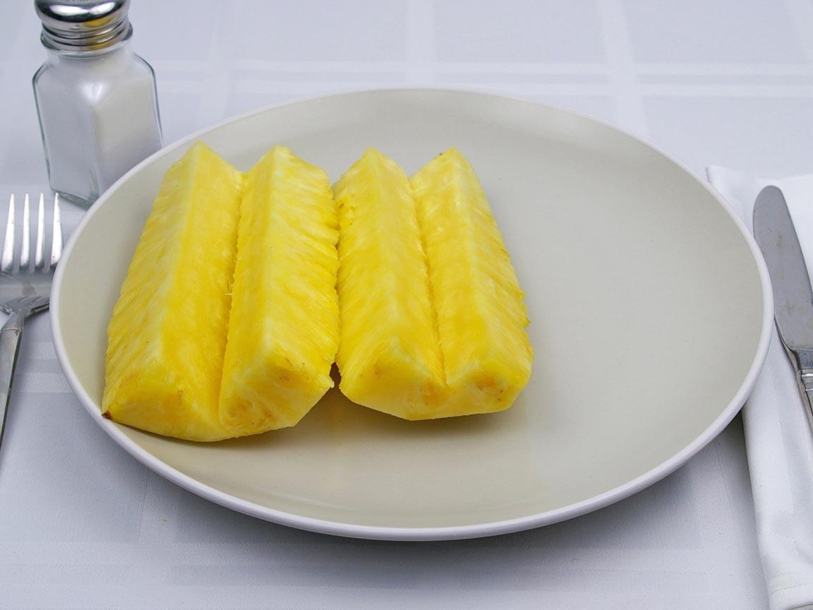 Calories in 0.5 fruit(s) of Pineapple - Fresh