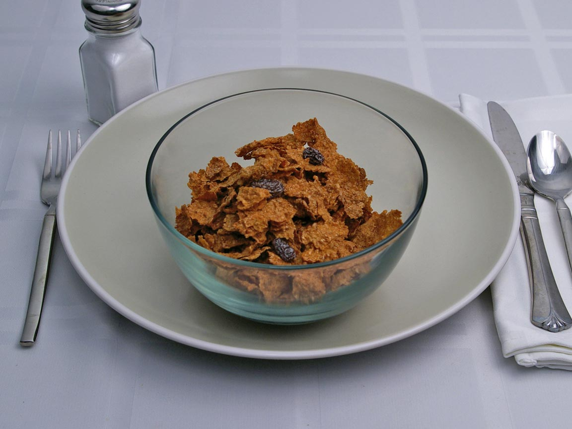 Calories in 1.25 cup(s) of Raisin Bran Cereal