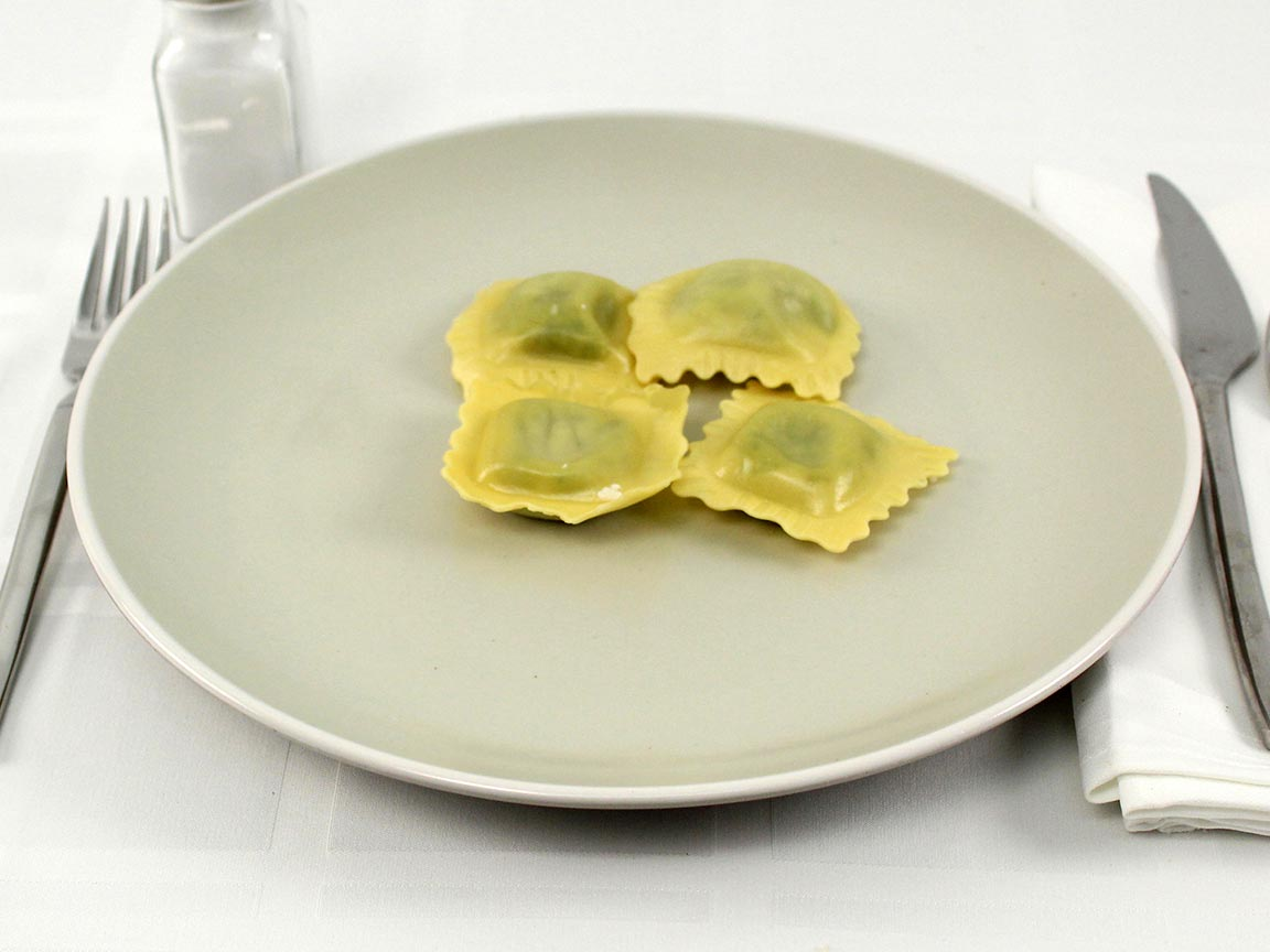 Calories in 6 piece(s) of Spinach Ricotta Ravioli