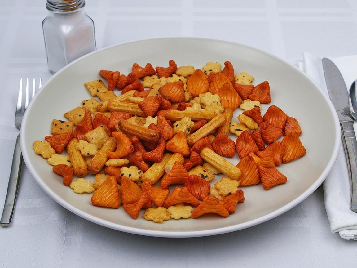 Calories in 113 grams of Rice Crackers
