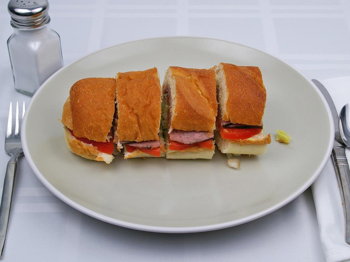 Calories in 0.5 footlong of Subway - Roast Beef - No Cheese - No Mayo