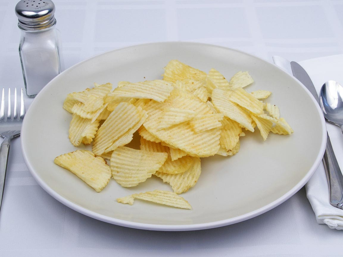 Calories in 56 grams of Potato Chips - Ruffles - Reduced Fat