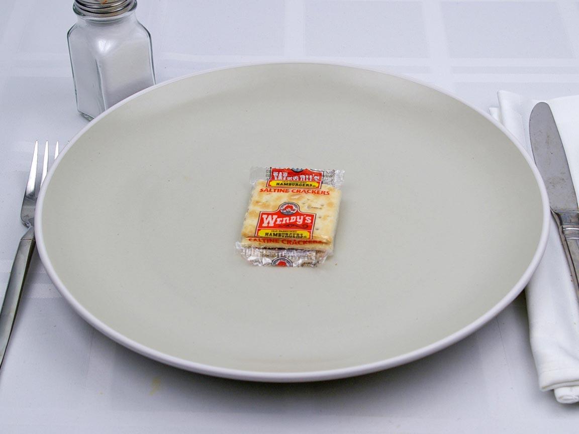 Calories in 1 package(s) of Wendy's - Saltines