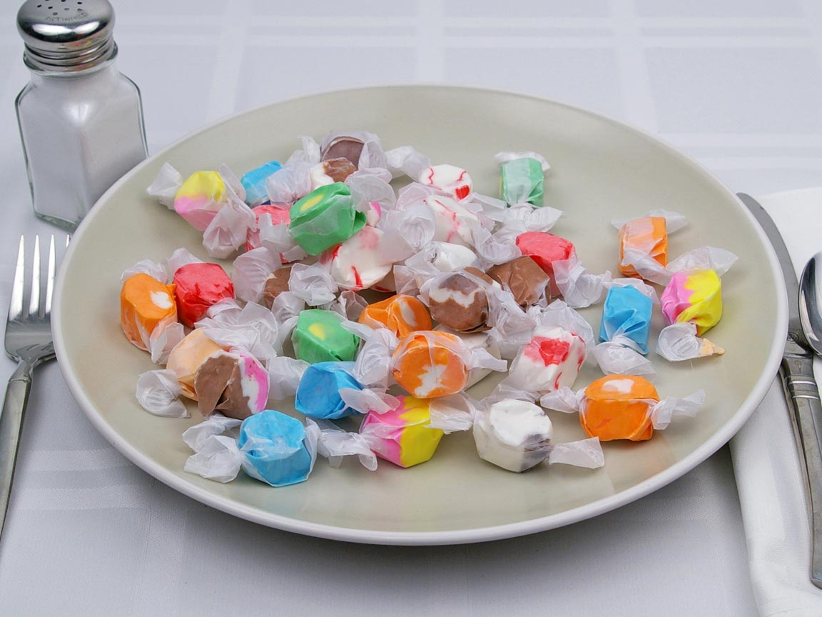Calories in 35 piece(s) of Saltwater Taffy