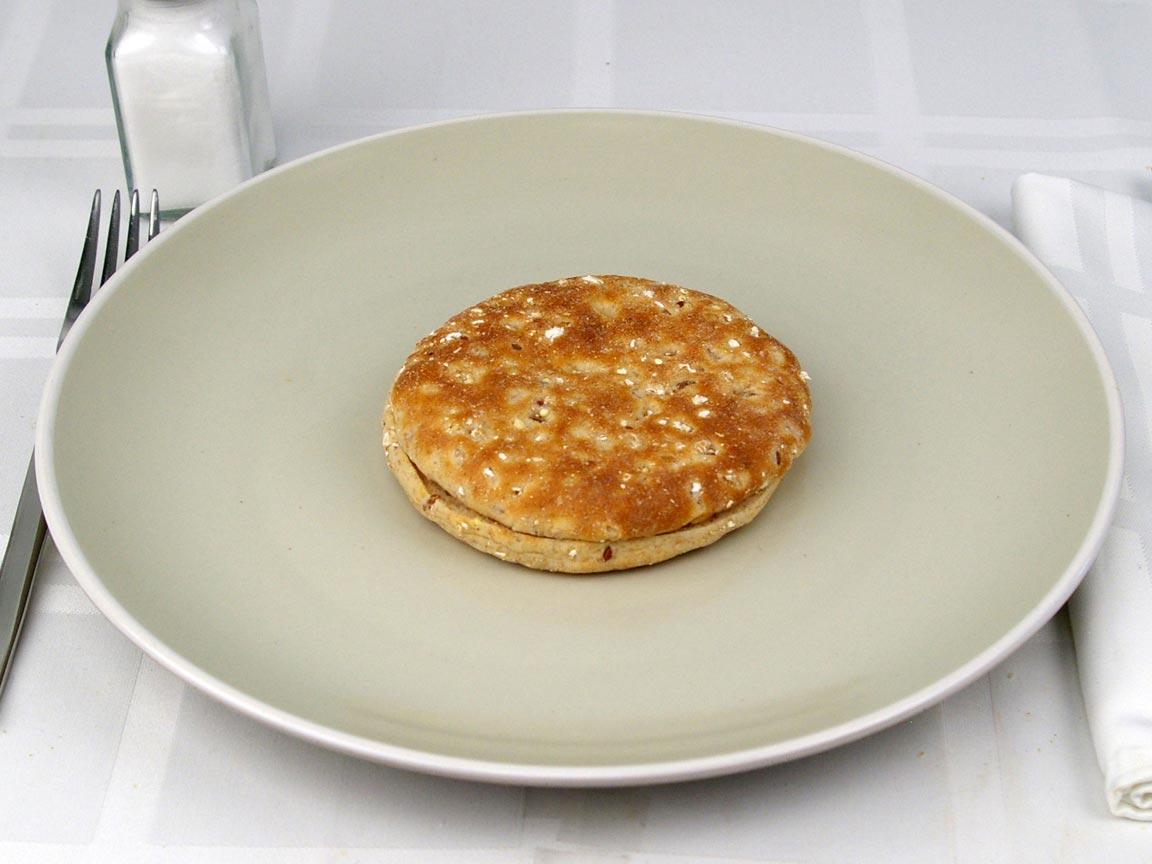 Calories in 1 roll(s) of Multigrain Sandwich Thins