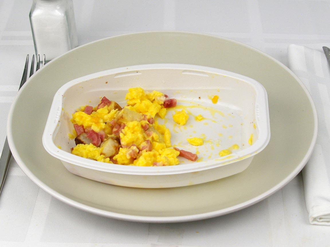 Calories in 0.5 package(s) of Smart Ones - Ham and Cheese Scramble
