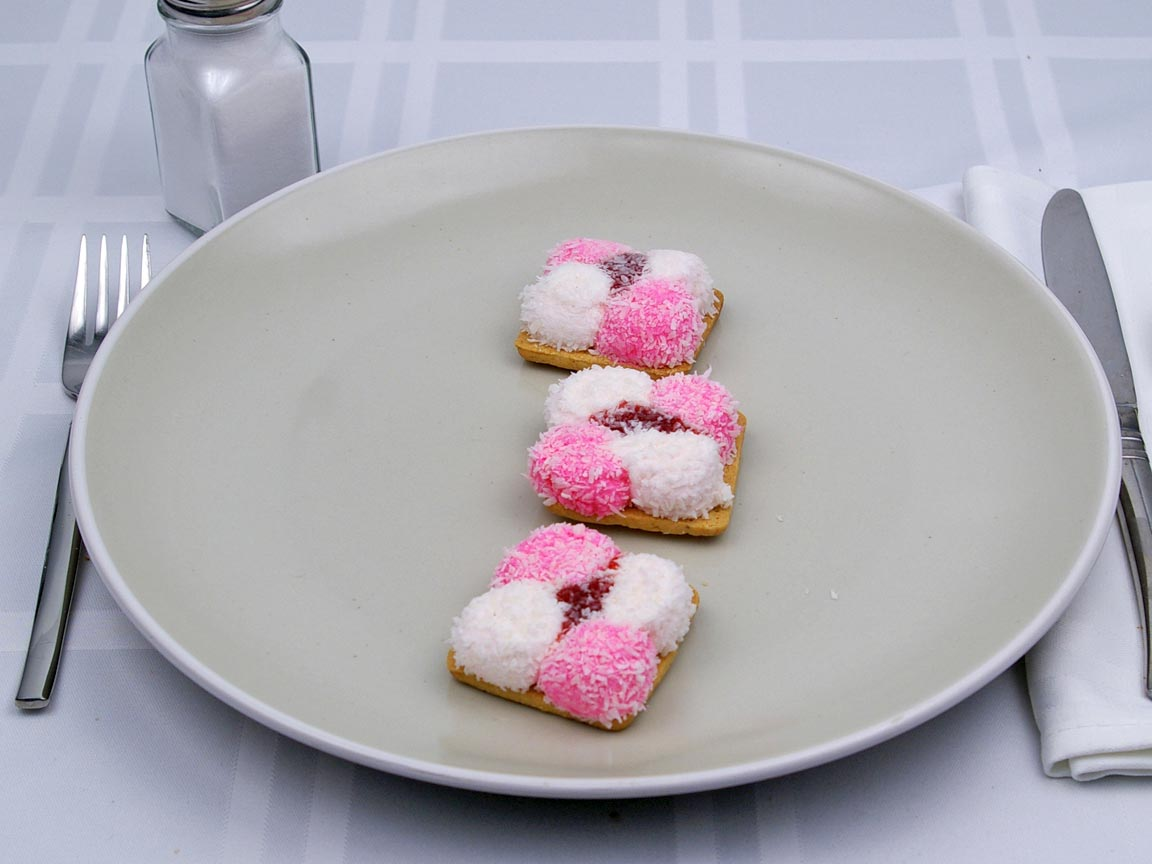 Calories in 3 cookie(s) of Sponch Marshmallow Cookies