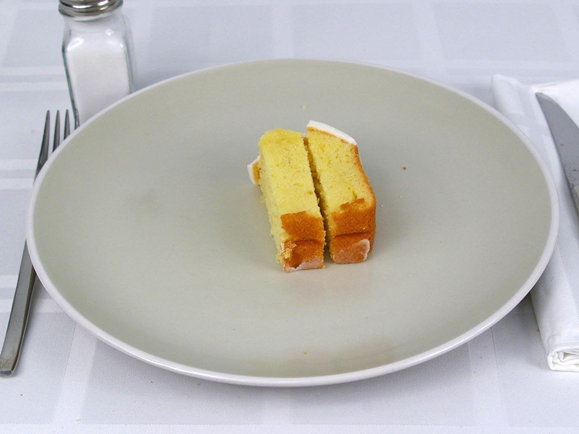 Calories in 0.5 ea(s) of Starbucks Lemon Pound Cake