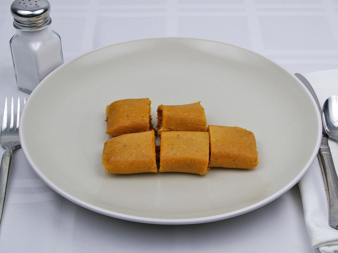 Calories in 1.67 tamale(s) of Tamales - Beef