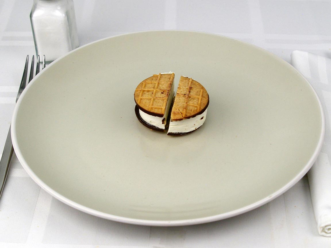 Calories in 1 sandwich(s) of Vanilla Ice Cream Waffle Sandwich