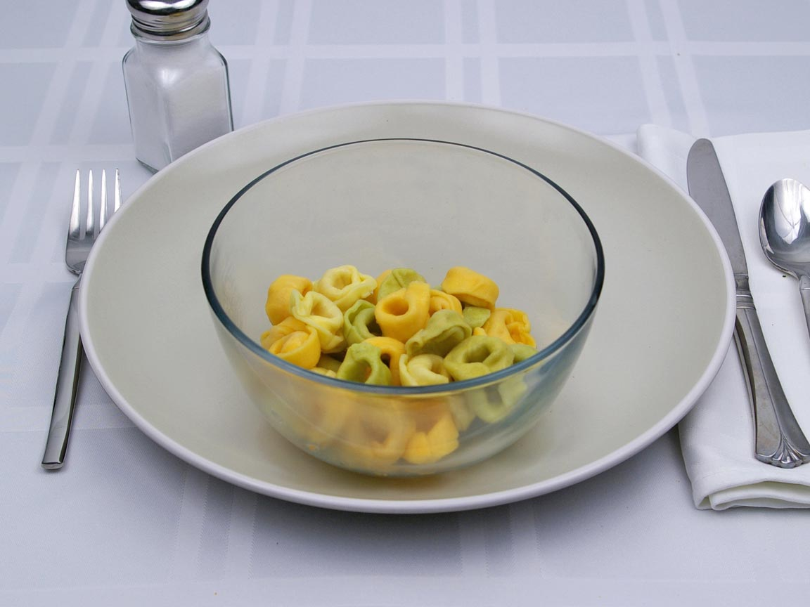 Calories in 1 cup(s) of Three Cheese Tortellini Pasta