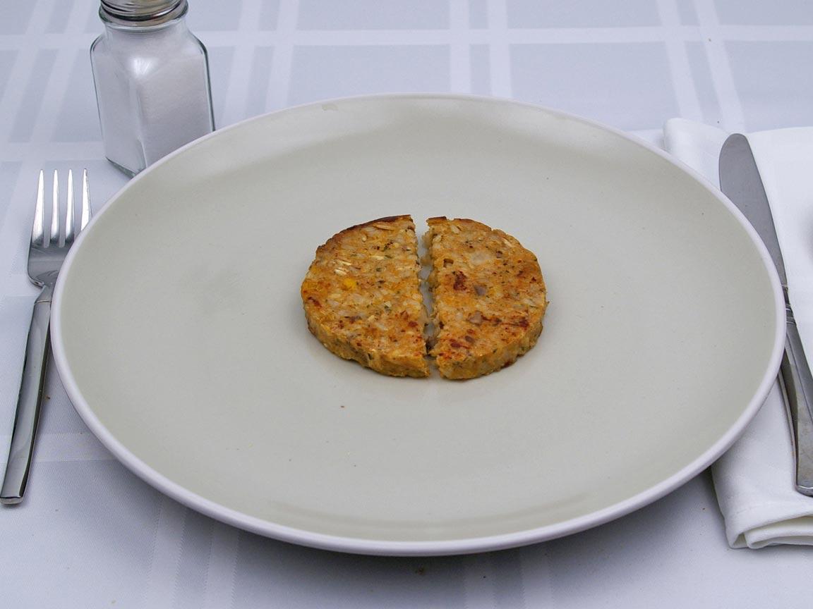Calories in 1 pattie(s) of Veggie Burger Patty - Avg
