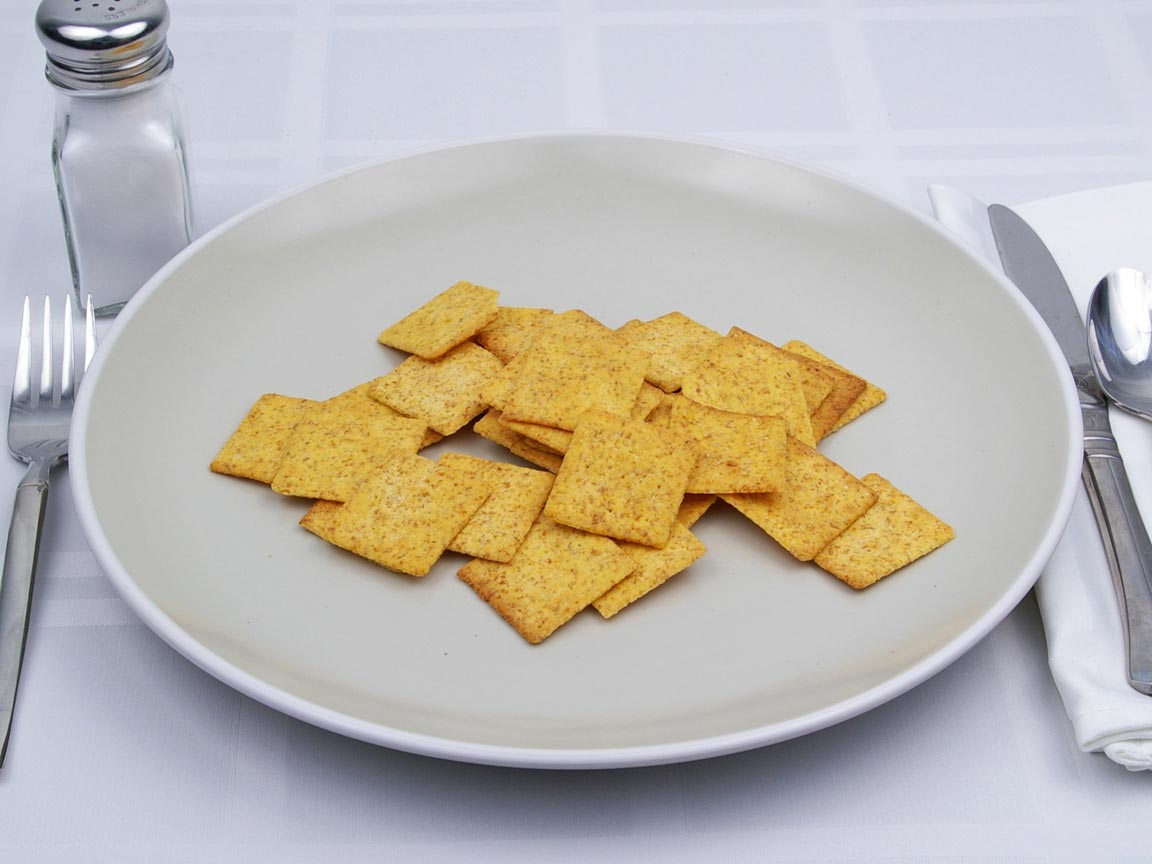 Calories in 32 cracker(s) of Wheat Thins Crackers - Hint of Salt